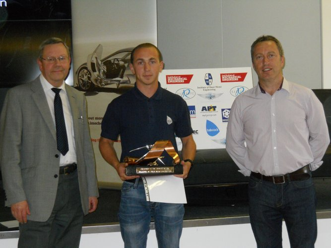 ISME Trophy Winner Ryan Acres with Steve Morris and Alan Shaw